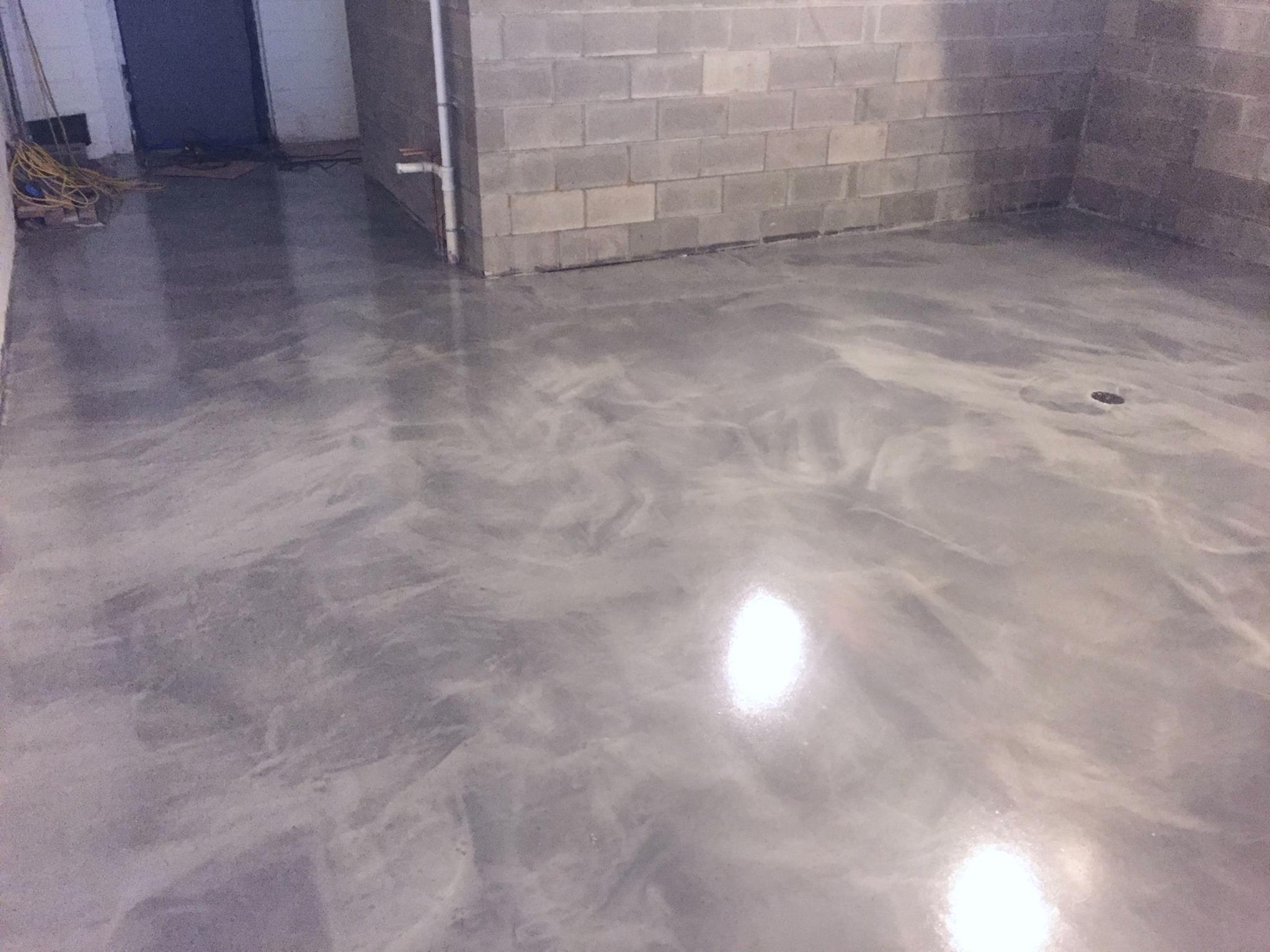 restaurant floor in middletown, ct- metallic epoxy | diamond kote