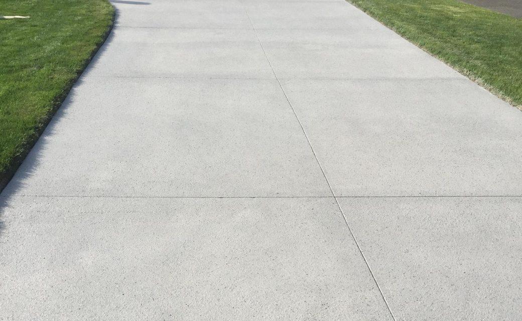 spray-texture-driveway